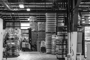warehouse_bw